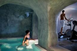 Andronis Luxury Suites Santorini   Oia   Water Blue Travel Agency