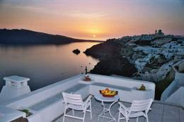 Nikos Villas Hotel Santorini | Oia | Water Blue Travel Agency